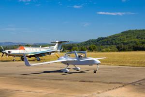 Learn how to fly @ 'L'Aéro-Club Du Comtat Venaissin'  !